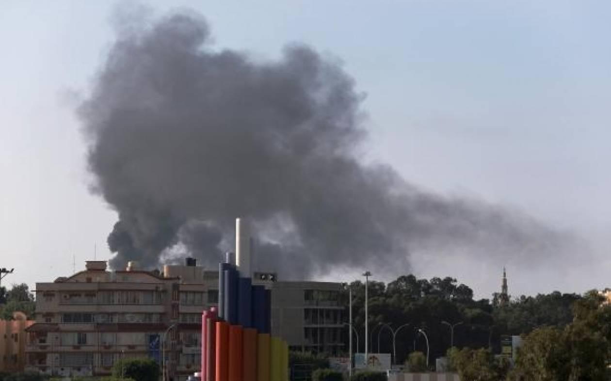 Λιβύη: Τουλάχιστον 400 νεκροί από συγκρούσεις με ισλαμιστές