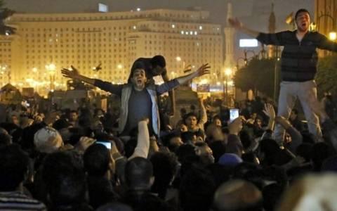 Κάιρο: Ένας νεκρός σε μάχες διαδηλωτών-αστυνομίας (pics)