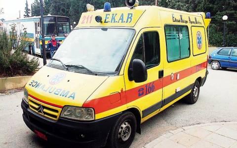 Αγωνία για 23χρονο που τραυματίστηκε σε τροχαίο