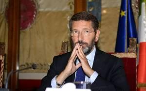Με ένοπλους φρουρούς κυκλοφορεί ο δήμαρχος της Ρώμης