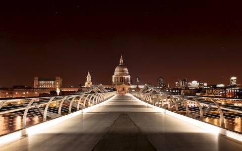 Γιατί το Λονδίνο είναι τόσο όμορφο τα Χριστούγεννα