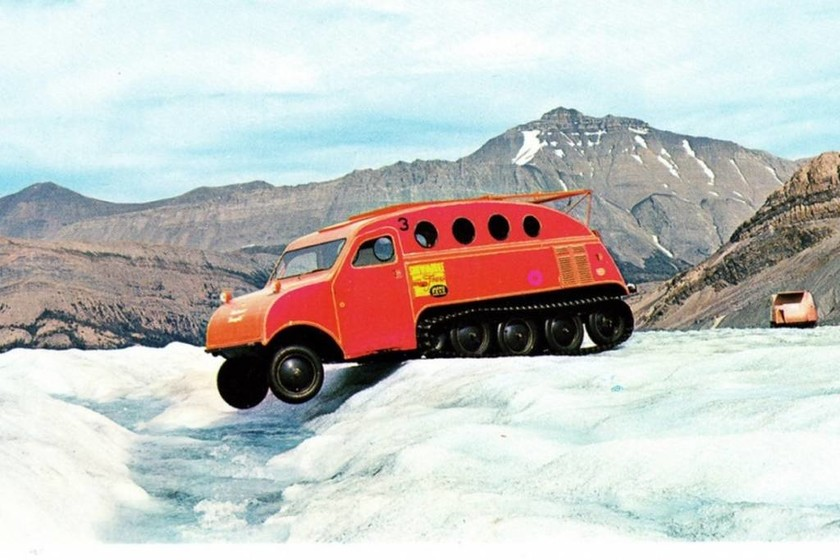 1937 Bombardier Β7 , Β12 και C18 Snowmobile