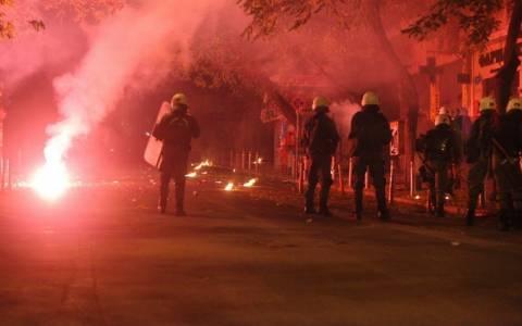 Αθήνα: Συνεχίζονται τα επεισόδια στα Εξάρχεια