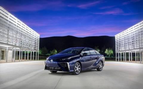 Toyota: Μπαίνει στην παραγωγή το Mirai με καύσιμο υδρογόνου