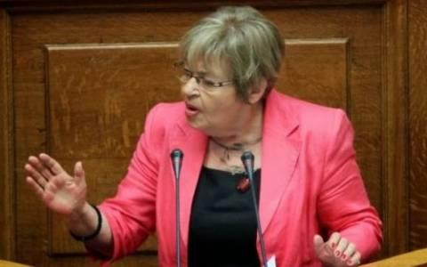 Βουλή: Απούσα η Γιαταγάνα – «Ναι» ψήφισε η Μάρκου
