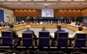 Με την πλάτη στον τοίχο η κυβέρνηση στο Eurogroup
