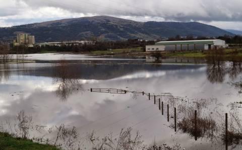 Πλημμυρισμένα είναι ακόμα τα Ιωάννινα