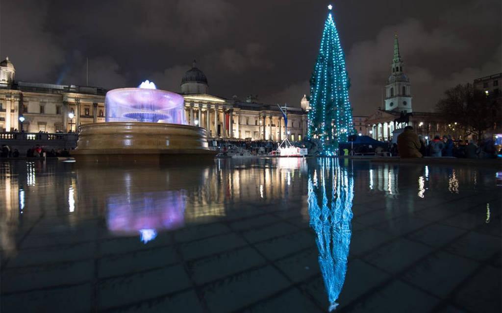 Τα πιο παράξενα και εντυπωσιακά χριστουγεννιάτικα δέντρα