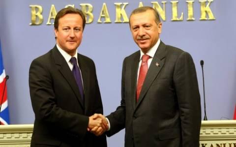 Οι Βρετανοί τζιχαντιστές «στέλνουν» τον Κάμερον στην Τουρκία