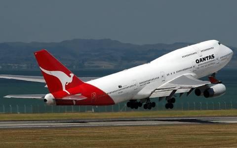 Αναγκαστική προσγείωση για τρία αεροπλάνα της Qantas