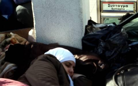 Ένταση στο Σύνταγμα με τους Σύρους πρόσφυγες