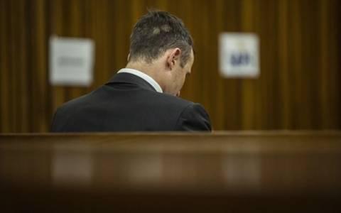 Όσκαρ Πιστόριους: Εισαγγελέας ζητάει αναθεώρηση της ποινής