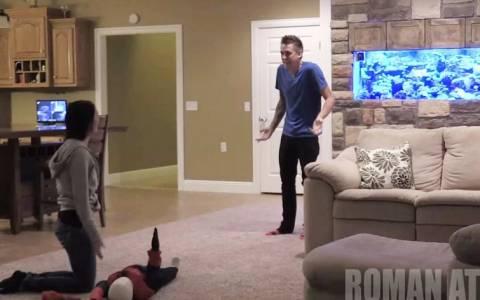 Ρόμαν Άτγουντ: «Σκότωσε» το «παιδί» του on camera