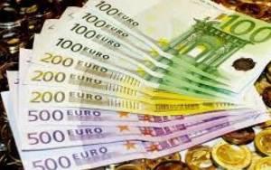 «Συμβολική» μείωση του φορολογικού βάρους καταγράφει ο ΟΟΣΑ