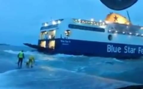 Κως: Ο καπετάνιος του Blue Star δίνει μάχη με τα κύματα