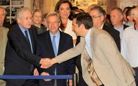 Κλειδώνει η συμφωνία Τσίπρα- Κουβέλη