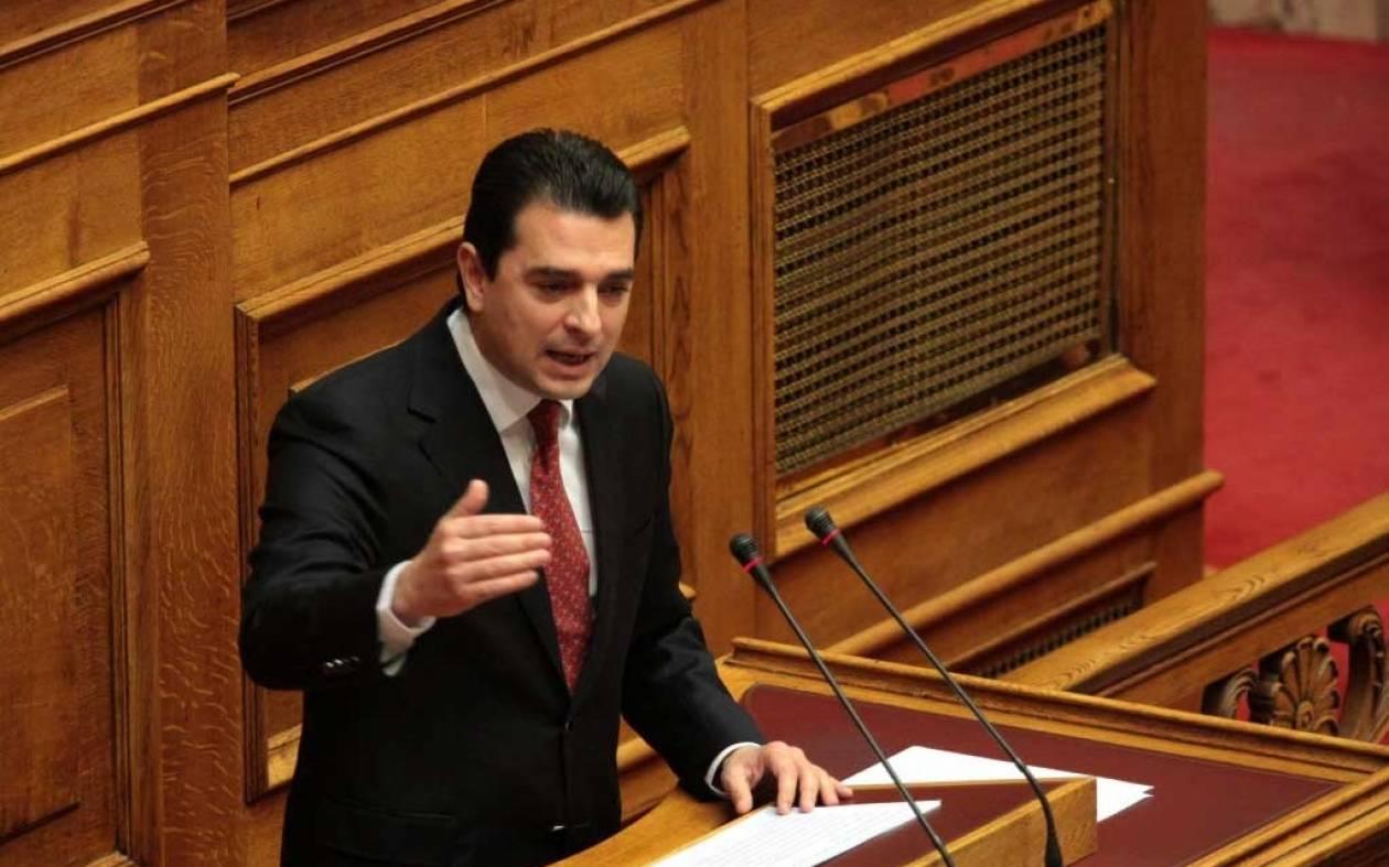 Σκρέκας: Ερχονται 3 δισ. ευρώ για μικρομεσαίες επιχειρήσεις