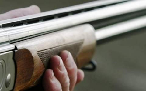 Εντεκάχρονος τραυματίστηκε από το όπλο του πατέρα του