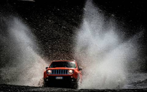Jeep: Με πέντε αστέρια το Renegate