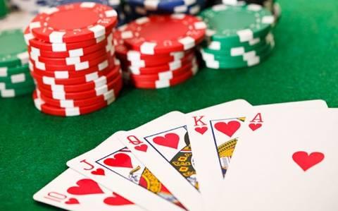 Σύλληψη χαρτοπαικτών στο Πέραμα Ρεθύμνου