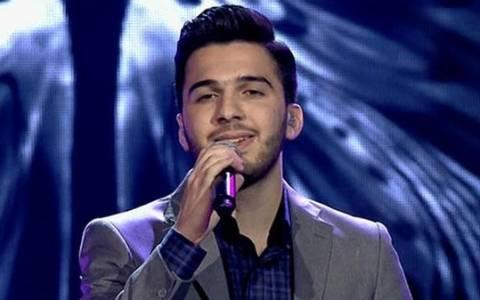 Για ειρήνη στο Χαλέπι προσευχήθηκε ο νικητής του «Arab Idol»