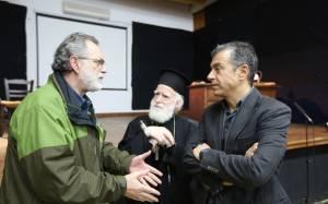 Θεοδωράκης: Η Ελλάδα χρειάζεται καινούργιες συναινέσεις