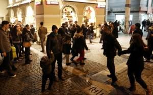 ΕΣΕΕ: Ανοικτά τα καταστήματα την τελευταία Κυριακή του έτους
