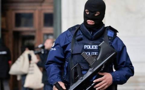 Προστασίες, εκβιασμοί και παρακρατικός βούρκος!