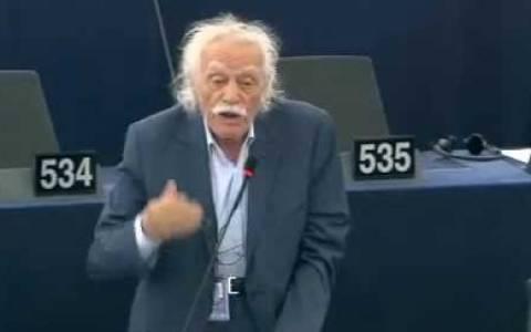 Ευρωκοινοβούλιο: Ο Σουλτς διέκοψε τον Γλέζο!
