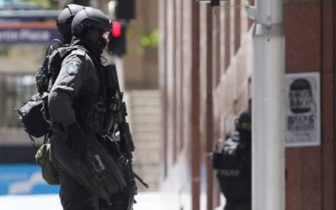 Τόνι Άμποτ: «Εξτρεμιστής και πνευματικά ασταθής ο δράστης»