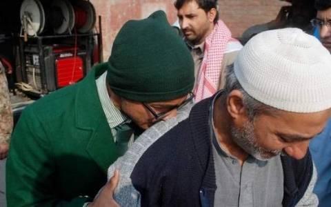Πακιστάν:Εκρήξεις και πυροβολισμοί ακούγονται από το σχολείο