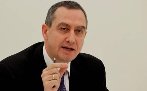 Γ. Μιχελάκης: Η χώρα στην κόψη του ξυραφιού!