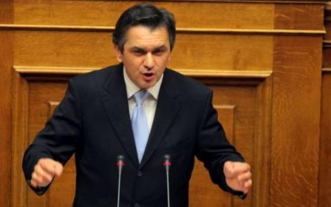 Κασαπίδης: Ανοιχτό το ενδεχόμενο να ψηφίσει τον Δήμα