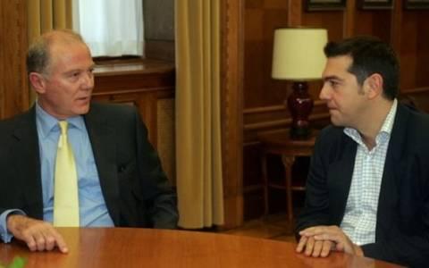 Αιφνιδιαστική συνάντηση Τσίπρα - Προβόπουλου στη Βουλή