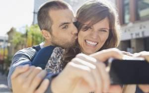 Το Facebook θα βελτιώνει αυτόματα τις φωτογραφίες μας