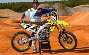 Motocross: Ο Stewart αποκλείστηκε από τους αγώνες του 2015