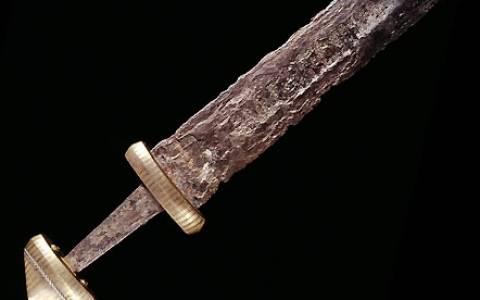 Tο μυστήριο με τα ανίκητα σπαθιά των Βίκινγκς!