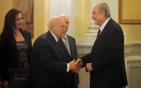 Με τον Παπούλια συναντάται ο Κωνσταντίνος Μητσοτάκης