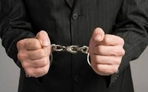 Τέσσερις συλλήψεις για οφειλές προς το Δημόσιο
