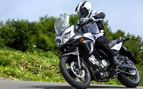 Suzuki: Νέα τιμή για την V-Strom 650 ABS