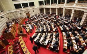 Κλίμα εκλογών κυριαρχεί στη Βουλή