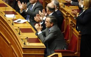Με εκβιαστικά διλήμματα στην 3η ψηφοφορία ο Σαμαράς