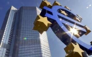 Bloomberg: Η Ελλάδα μπορεί να υπονομεύσει τη στήριξη της ΕΚΤ