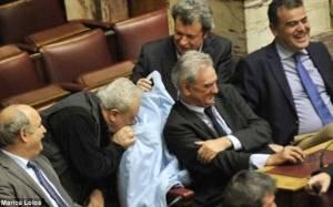 Daily Mail: Σεξιστές και χυδαίοι Ψαριανός και Τατσόπουλος