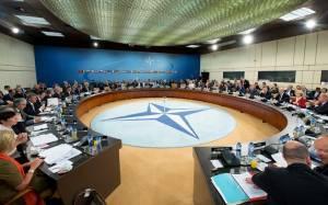 Μόσχα: «Το ΝΑΤΟ περιπλέκει την κατάσταση»