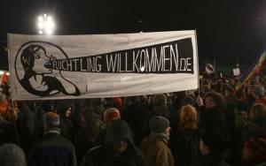 Μόναχο: 15.000 άνθρωποι σε αντιρατσιστική διαδήλωση
