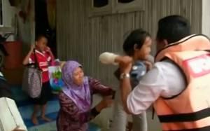 Χιλιάδες κάτοικοι της Μαλαισίας κινδυνεύουν λόγω πλημμύρων