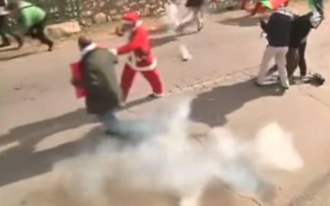 Βηθλεέμ: «Εορταστική» ατμόσφαιρα με ξύλο και δακρυγόνα (vid)