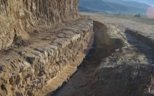 Αμφίπολη: Η εντυπωσιακή βάση του λέοντα στην Αμφίπολη (pics)