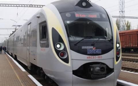 Ουκρανία: Διακοπή δρομολογίων τραίνων από και προς Κριμαία
